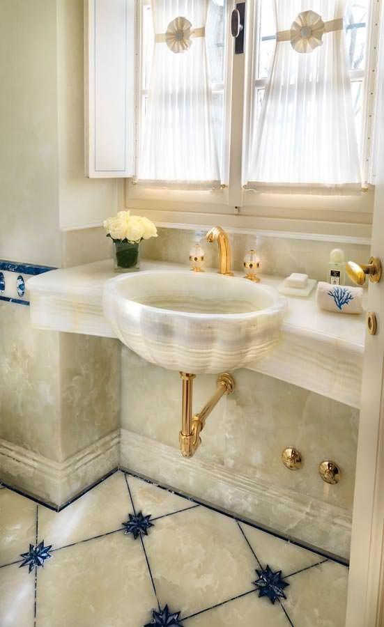 سرویس بهداشتی با سنگ مرمر